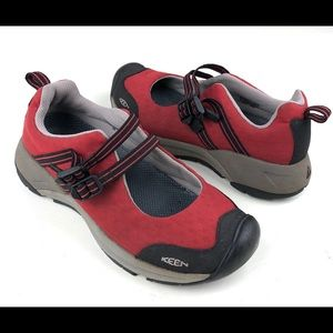 Keen women's double strap Mary Jane shoes red Sz 9